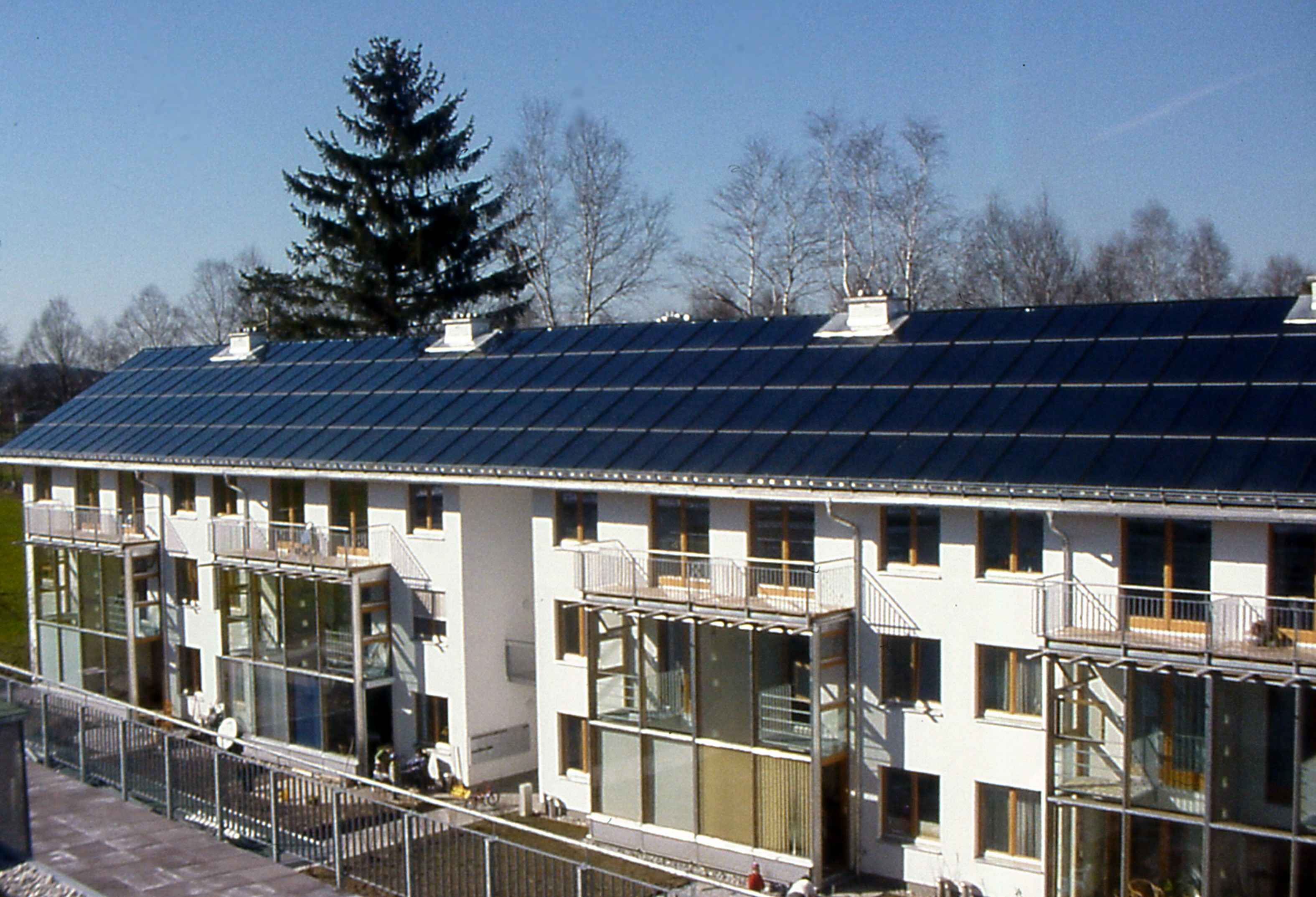Austria Solar Solar Heat Europe – Roof integrated flat plate collector