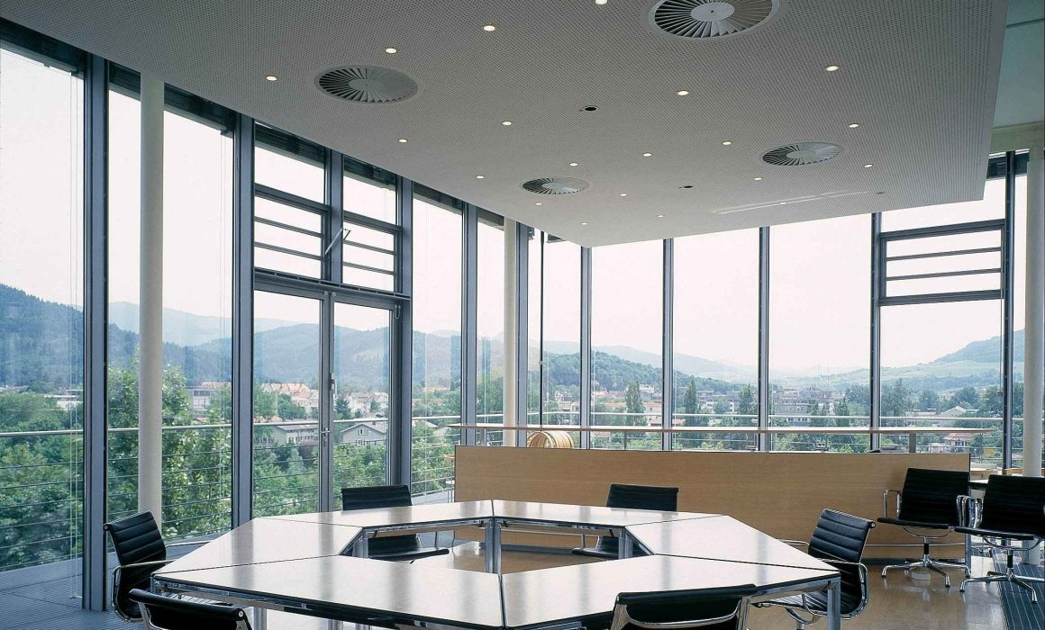 Fraunhofer ISE Solar Heat Europe – Solar thermal air-conditioned conference room