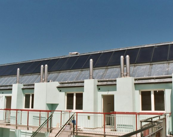 GASOKOL Solar Heat Europe – Flat plate collector for combi-system on apartment house in Austria