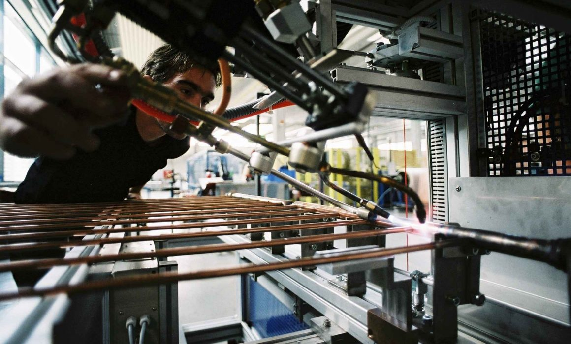 GREENoneTEC Solar Heat Europe – Soldering of an absorber
