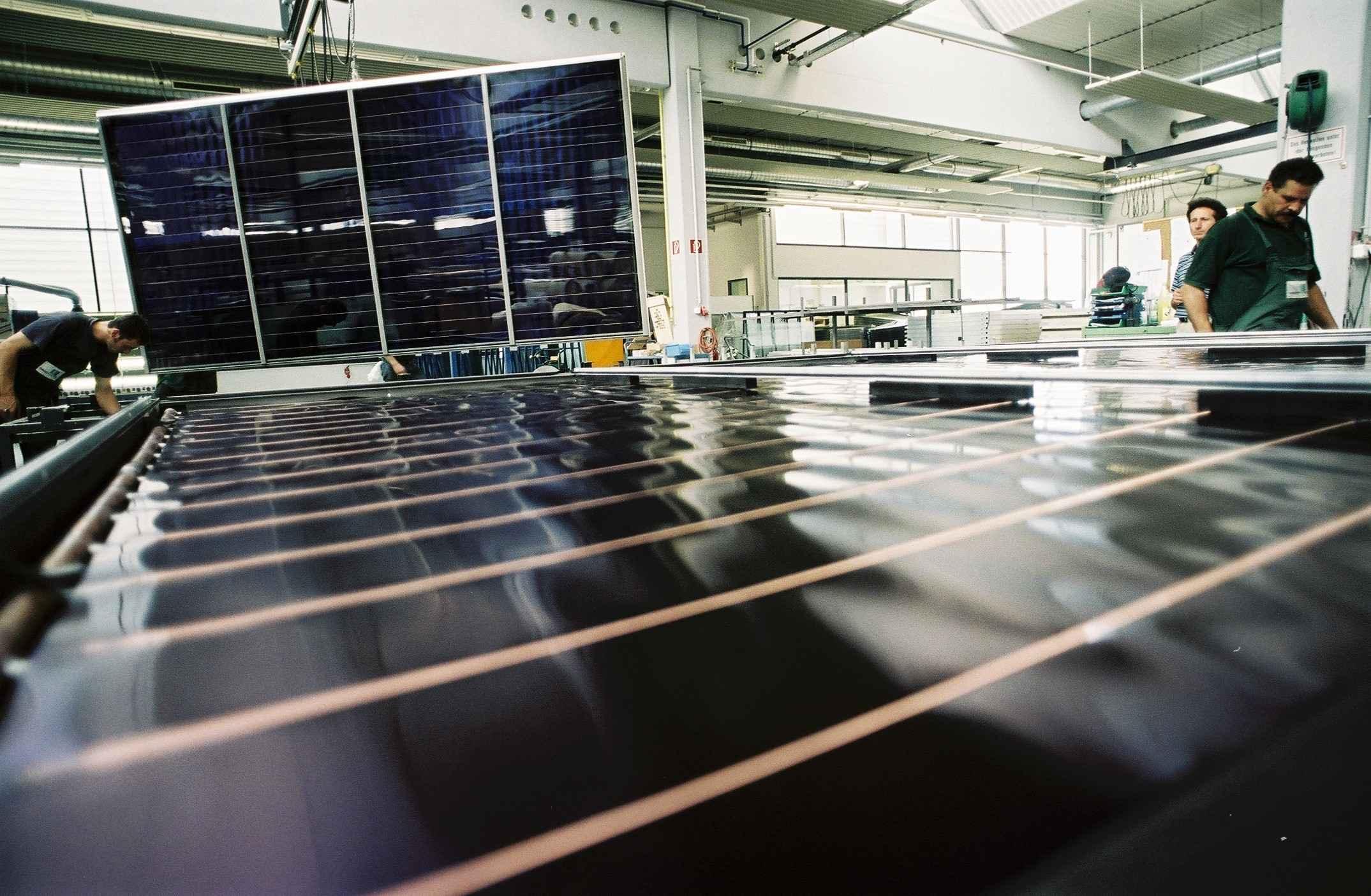 GREENoneTEC Solar Heat Europe – Supply Chain – Flat collectors construction