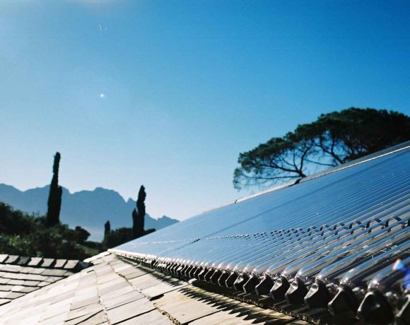 Kingspan Environmental Thermomax Solar Heat Europe – Vacuum tube collectors on building in South Africa