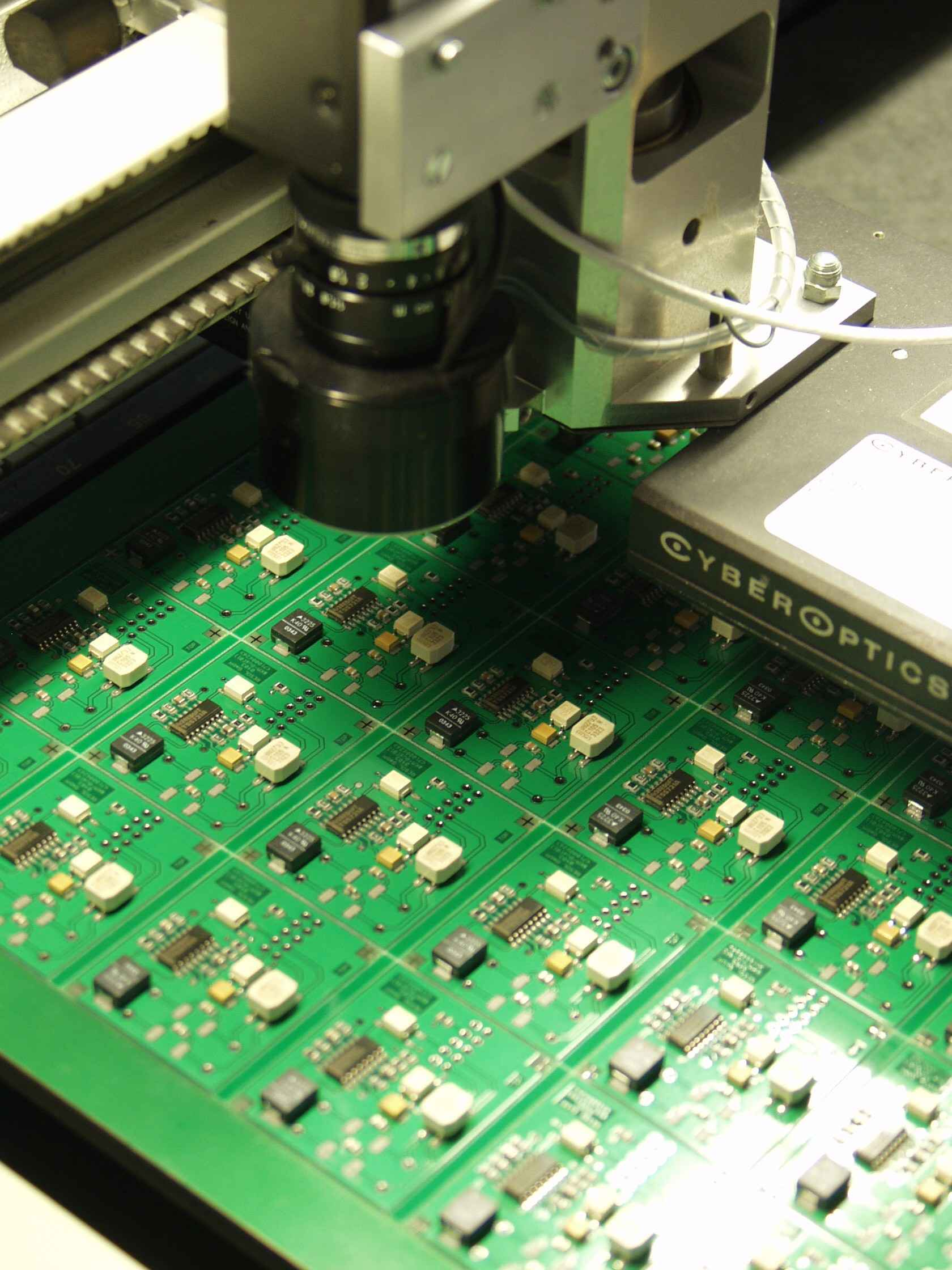 RESOL Solar Heat Europe – Production quality control of solar controllers