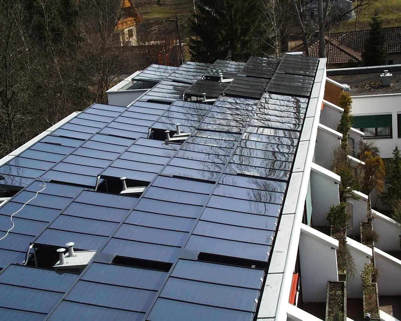 S.O.L.I.D Solar Heat Europe – Roof integrated flat collectors – V2