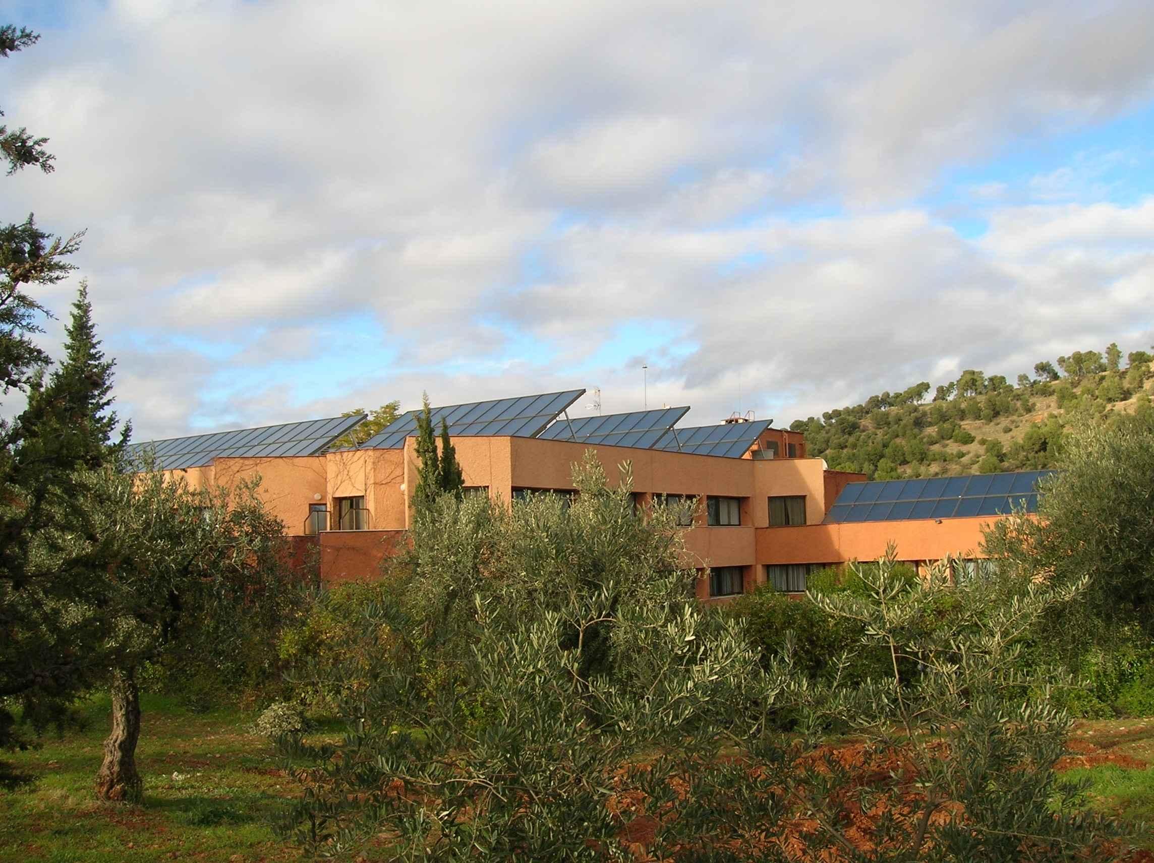 TiSUN Solar Heat Europe – Hotel Alixares – Granada, Spain – V3