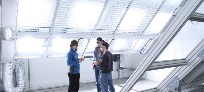 University of Stuttgart Solar Heat Europe – New dynamic solar simulator at the Research and Testing Centre for Thermal Solar Systems (TZS) at the Institute of Thermodynamics