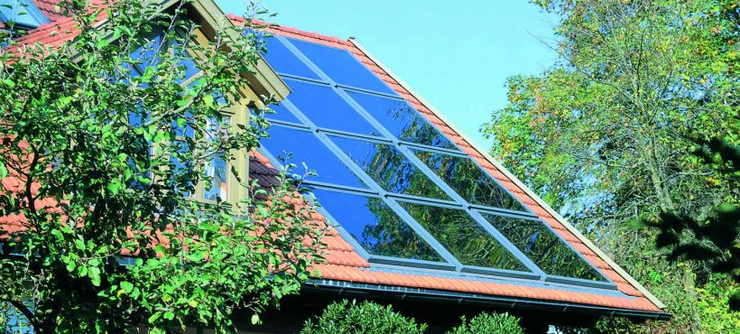 Velux Solar Heat Europe – Roof integrated flat plate collectors on house in Germany