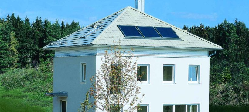 Velux Solar Heat Europe – Roof integrated flat plate collectors on house in Germany – Picture 4
