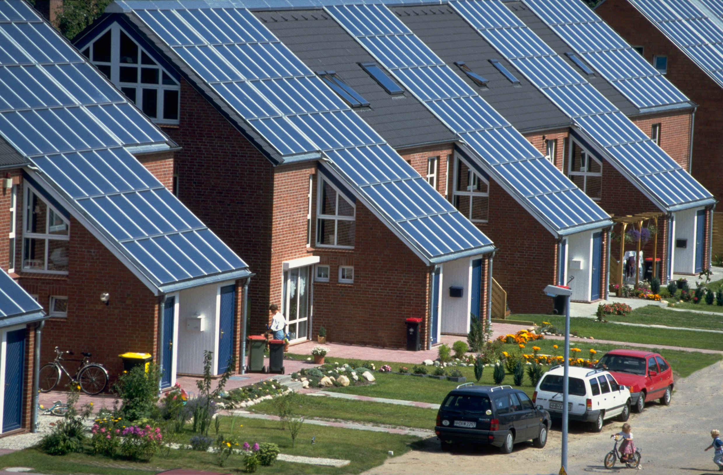 Wagner&Co Solar Heat Europe – Roof integrated flat collectors – V3