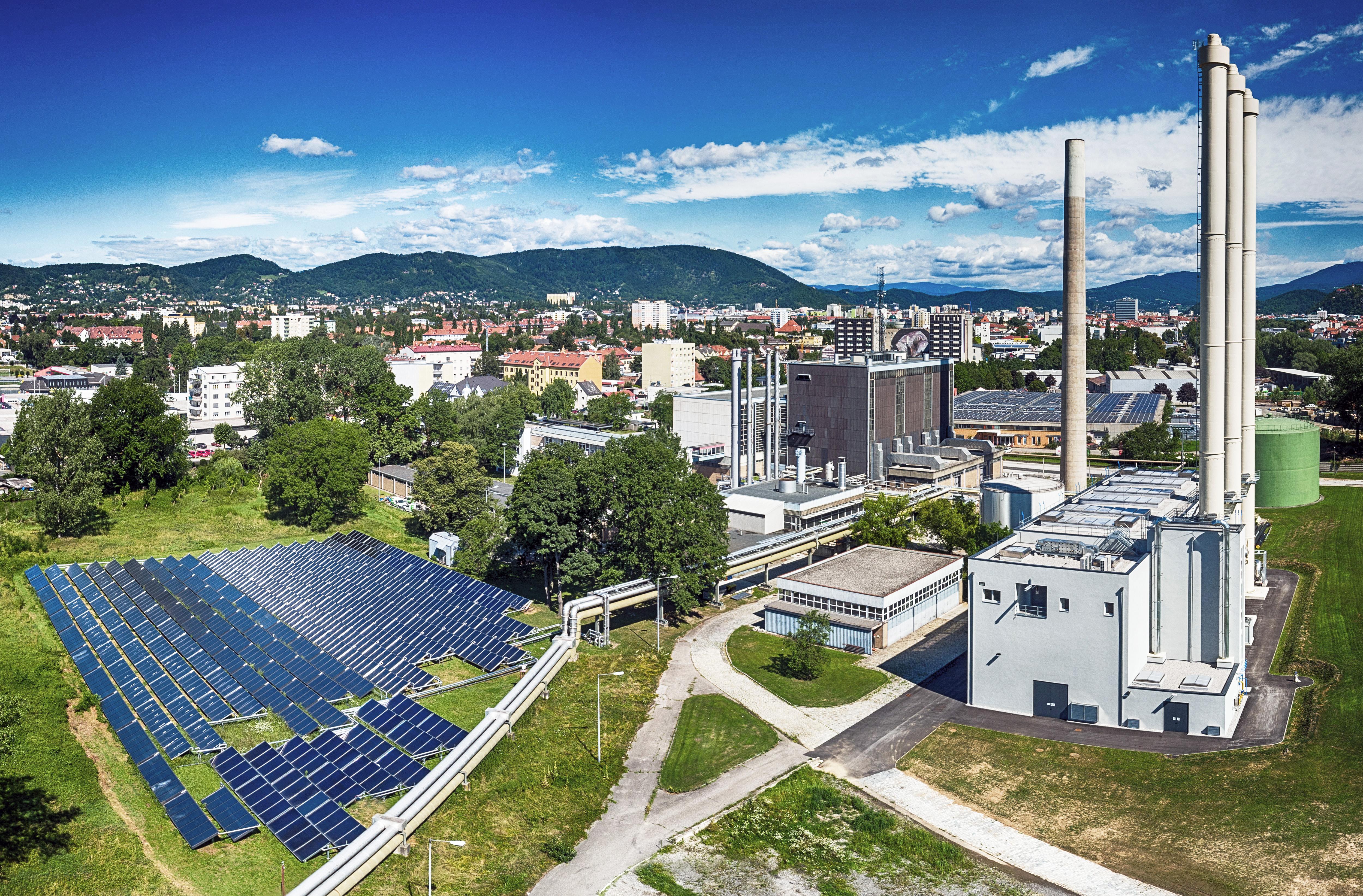 Fernheizwerk_Solaranlage03_NEU