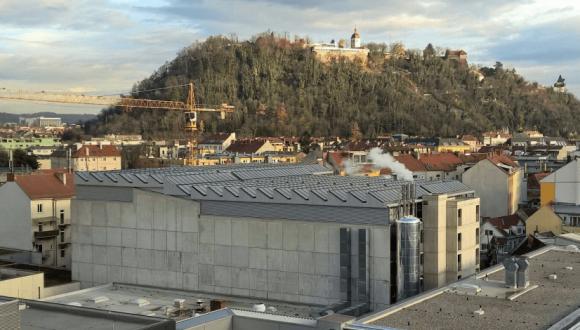 Solar heat for cooling in Graz