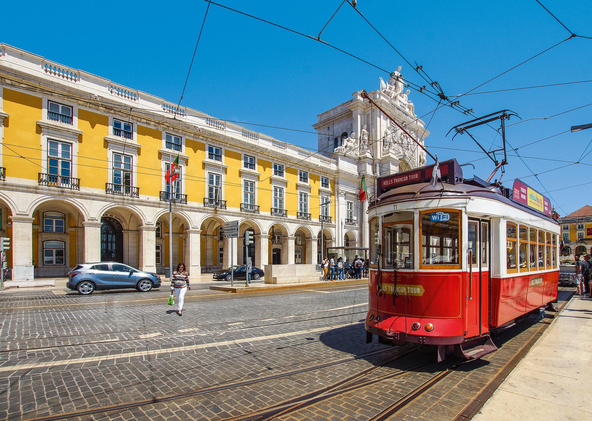 tram-4379656_1920